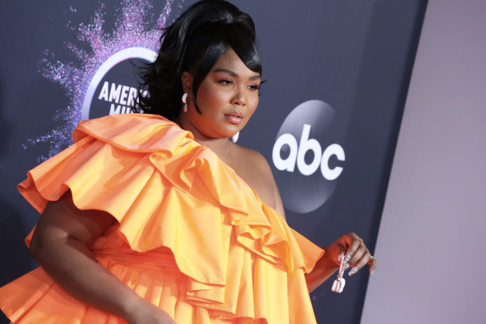 Lizzo at the 47th Annual American Music Awards in 2019.